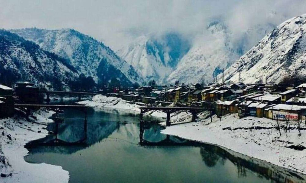 Hiking in the Great Lakes of Kashmir
